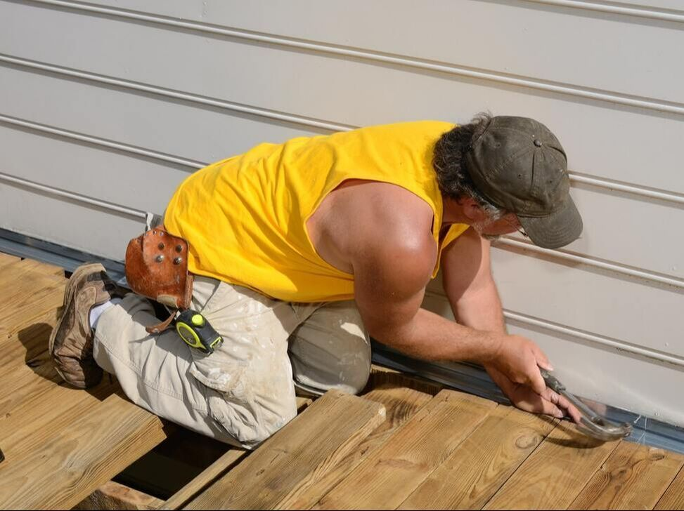 Installing Siding Contractors Michigan